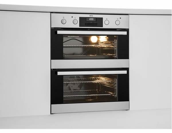 AEG嵌入式烤箱 简单 大方 功能强大 想不爱都难!